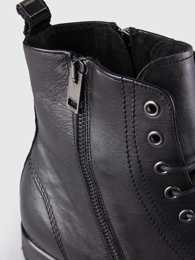 Diesel - D-KALLIEN, Black Leather - Boots - Image 5