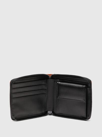 Diesel - HIRESH XS ZIPPI, Orange - Zip-Round Wallets - Image 3