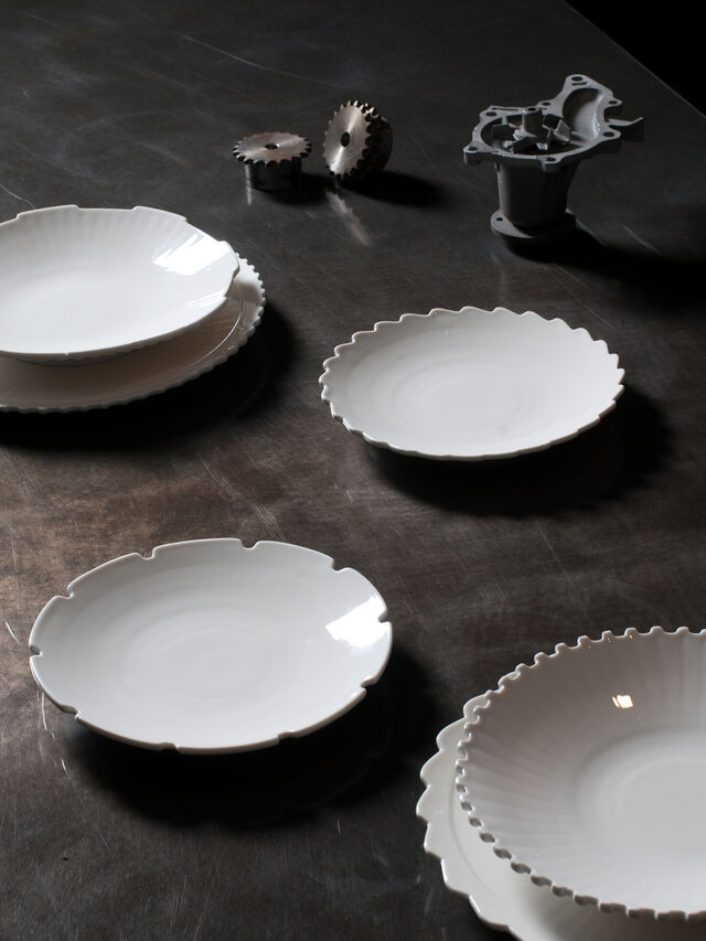 Living 10990 MACHINE COLLEC, White - Plates - Image 3