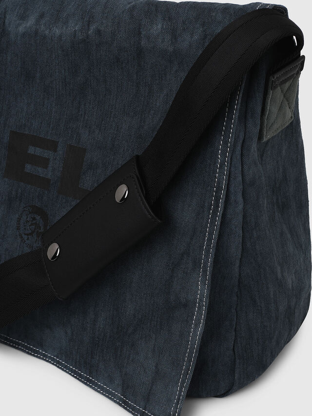 Diesel - D-THISBAG MESSENGER, Blue Jeans - Crossbody Bags - Image 3