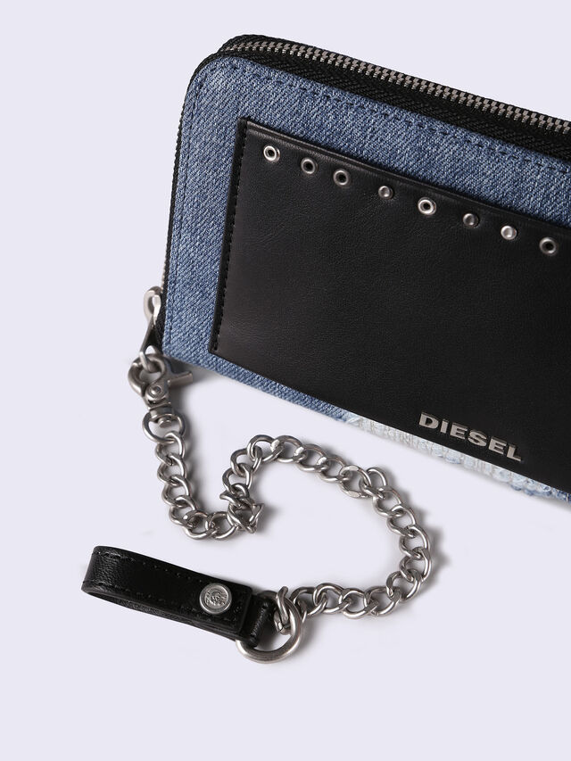 24 ZIP WITH CHAIN,