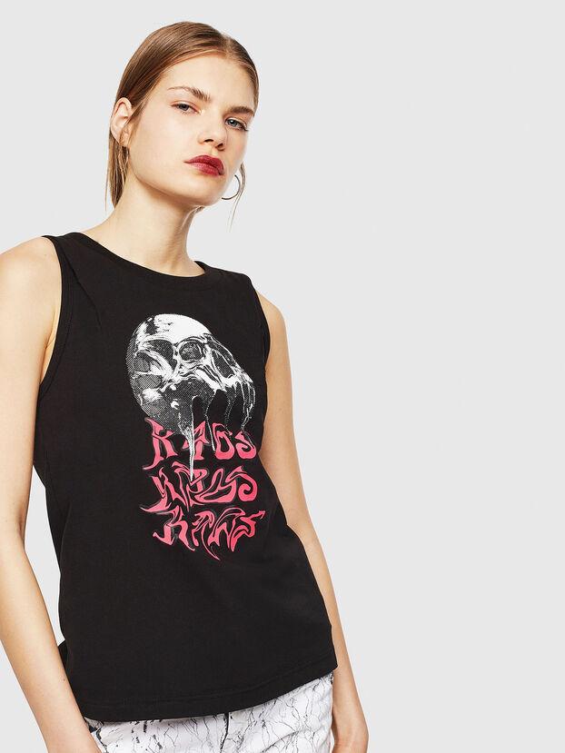 T-TRIXY, Black - T-Shirts